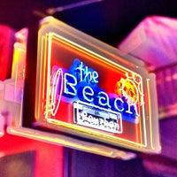 รูปภาพถ่ายที่ The Beach on Bourbon โดย Jeffrey P. เมื่อ 7/22/2013