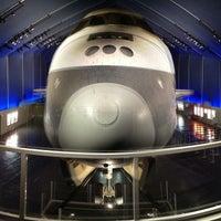 Photo prise au Space Shuttle Pavilion at the Intrepid Museum par Jeffrey P. le7/28/2013