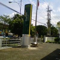 Photo taken at Bank Syariah Mandiri Purwokerto by singgih p. on 5/2/2013