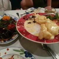 Photo taken at Taste King Chinese Restaurant by Robert L. on 9/22/2012