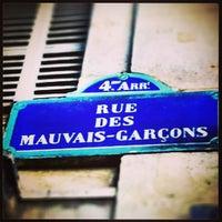 Photo taken at Les Mauvais Garçons by Mathias E. on 3/9/2013