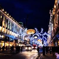 11/20/2013 tarihinde Оксана Г.ziyaretçi tarafından Oxford Street'de çekilen fotoğraf