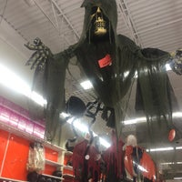 Photo taken at Party City by 🌺Sabrina H. on 10/26/2016
