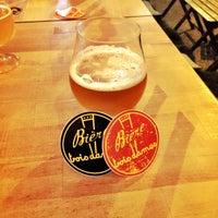 Das Foto wurde bei The International Beer Bar von Geir R. am 12/10/2016 aufgenommen