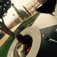 Foto scattata a Hostaria Dietro Le Quinte da Yu® Y. il 1/10/2015