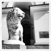 Снимок сделан в Four Seasons Hotel Lion Palace St. Petersburg пользователем Yu® Y. 6/25/2013