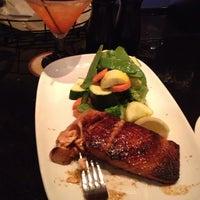 Photo taken at LongHorn Steakhouse by Sherita N. on 8/31/2013