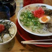 Photo taken at 博多ラーメン がんばる軒 by あり on 3/11/2016