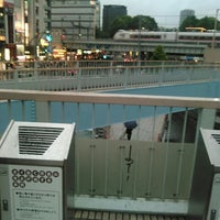Photo taken at 上野駅 Smoking Area by MIC on 5/6/2016