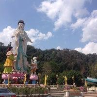 Photo taken at ศาลเจ้าซำปอกง ทุ่งสง by Lookfish B. on 4/10/2014
