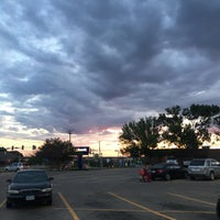Photo taken at Hy-Vee by Carmelle P. on 5/30/2017