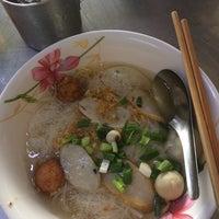 Photo taken at Nai Hung Fishball Noodle by Whaen I. on 2/4/2017