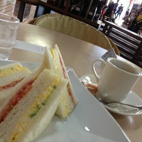 Photo taken at cafe terrace CAUSETTE エスタ店 by hikkytw S. on 8/11/2013