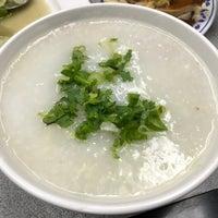 10/10/2017 tarihinde douglasziyaretçi tarafından Yummy Kitchen 長旺飯店'de çekilen fotoğraf