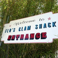 Photo taken at Flo's Clam Shack by Alfonso R. on 6/24/2013