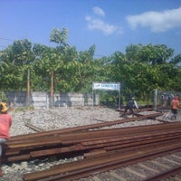Photo taken at Stasiun Cangkring by Andiek W. on 8/2/2013