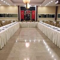 Снимок сделан в Esila Hotel Ankara пользователем Hotel E. 12/21/2017