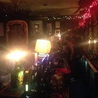 รูปภาพถ่ายที่ The Mutton Lane Inn โดย Greg C. เมื่อ 12/24/2013
