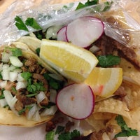 Photo taken at Hungry Hombre Taco Truck by Anna P. on 4/3/2014