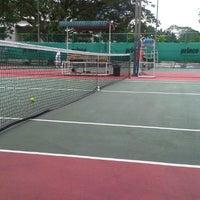 Photo taken at Gelanggang Tennis Tasik Titiwangsa by 5unaidiy on 9/22/2012