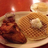 Photo taken at Roscoe's House of Chicken and Waffles by Josh B. on 11/20/2012