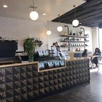 Foto tirada no(a) Vesta Coffee Roasters por Aileen N. em 5/6/2018