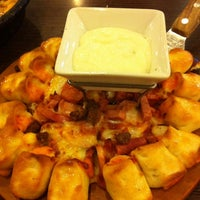 Photo taken at Pizza Hut by Devi S. on 6/14/2013