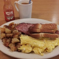 Photo taken at Longway's Diner by Stephen A. on 10/4/2013