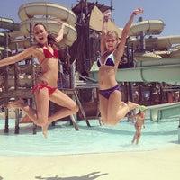 8/24/2013 tarihinde Nina T.ziyaretçi tarafından Rixos Premium Troy Aqua Park'de çekilen fotoğraf