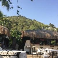 7/15/2016 tarihinde Yavuz A.ziyaretçi tarafından Paradise Garden Restaurant Bar'de çekilen fotoğraf