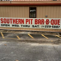 Photo taken at Southern Pit Bar-B-Que by David P. on 2/21/2015