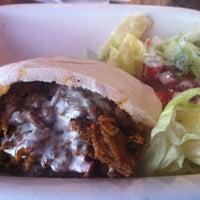 Foto tomada en Juanjo's Kebab por DANIEL V. el 10/16/2012