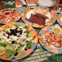 10/16/2012 tarihinde Kenji S.ziyaretçi tarafından Happy Bar & Grill'de çekilen fotoğraf