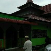 Photo taken at Masjid Awaluddin by Baja W. on 12/11/2016