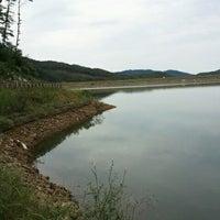 Photo taken at 기산저수지 by Peachmelba l. on 9/30/2012