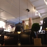 Photo taken at JOE & THE JUICE - 247 Columbus Ave by Alter F. on 10/9/2017