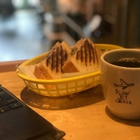 Photo taken at SLOW JET COFFEE by armiss on 9/22/2017
