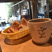 Photo taken at SLOW JET COFFEE by armiss on 11/11/2017