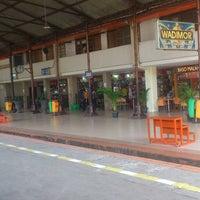 Photo taken at Stasiun Jatinegara by Irvan M. on 3/17/2013