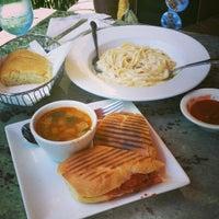 Foto scattata a Cucina Italiana da Dillon N. il 5/28/2014