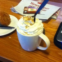 Photo taken at Starbucks by Iso C. on 10/20/2012