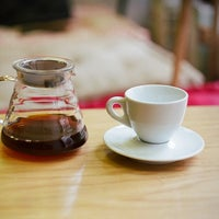 Photo prise au Double B Coffee & Tea par Rod N. le6/10/2013