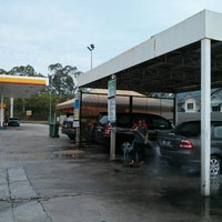 Photo taken at Shell Manual Car Wash BK2 by Nordin R. on 4/7/2013