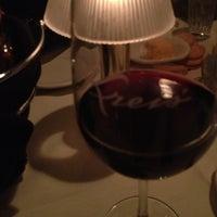 รูปภาพถ่ายที่ Kreis' Steakhouse โดย Kara M. เมื่อ 12/24/2012