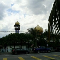Photo taken at Masjid Al Ma'muriah by Mohd A. on 11/2/2012