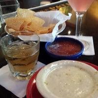 Foto tomada en La Parrilla Mexican Restaurant por bill c. el 6/29/2013