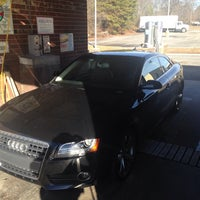 Photo taken at Lil' Donnie Walker's Car Wash by Joseph W. on 1/20/2014