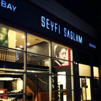 Photo taken at Seyfi Sağlam Kuaför by Melih E. on 8/24/2013