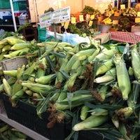 Foto diambil di Inwood Farmers Market oleh Kelani C. pada 8/9/2014