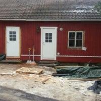 Photo taken at Saaristohotelli Vaihela by Pekka H. on 3/10/2016